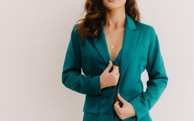 Elegantní dámský kostým do práce Morgan Le Fey